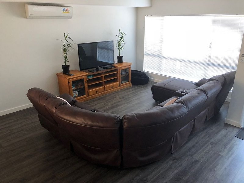 Falcon Estuary Townhouse, holiday rental in Mandurah