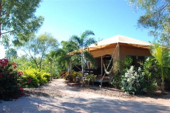 Coconutz - self contained eco tents with fantastic  ocean views, holiday rental in Broome