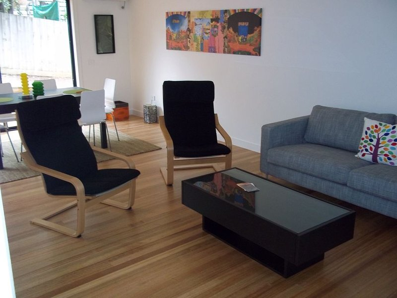 Modern Beach Townhouse, Jan Juc, holiday rental in Jan Juc