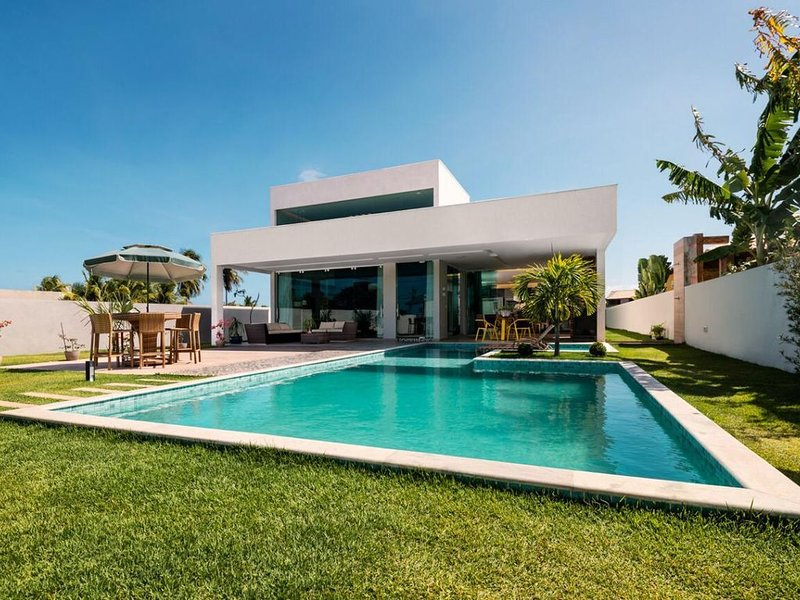 Casa de Praia Confortável e Luxuosa no Melhor Condomínio de Serrambi, alquiler vacacional en Maracaipe