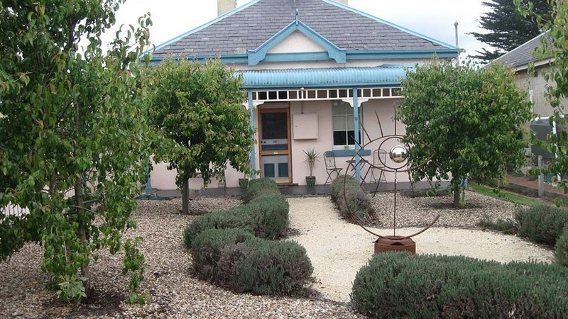 B&B on Piper - Beautiful Cottage Accommodation, location de vacances à Woodend