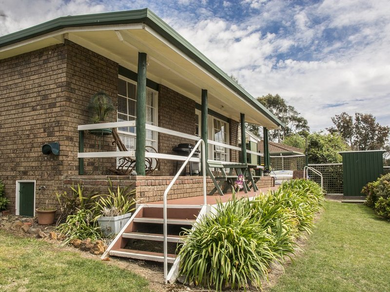 Family friendly home with all the added extras & special touches waiting for you, holiday rental in Golden Valley