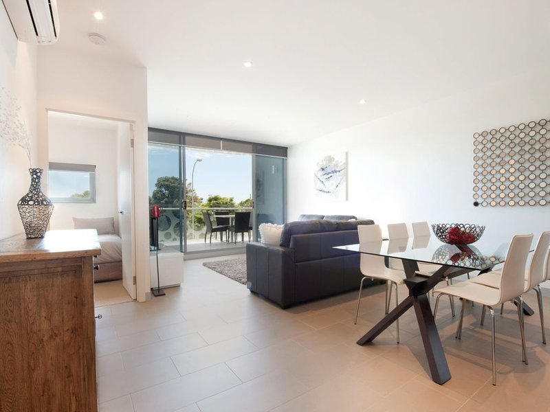 STYLISH LIVING ON MAIN, alquiler de vacaciones en Seaford
