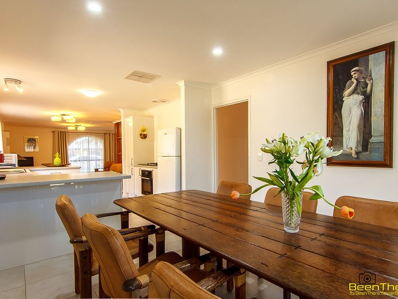 3BR house close to the beach, airport, sporting facilities at West Beach Parks, holiday rental in Grange