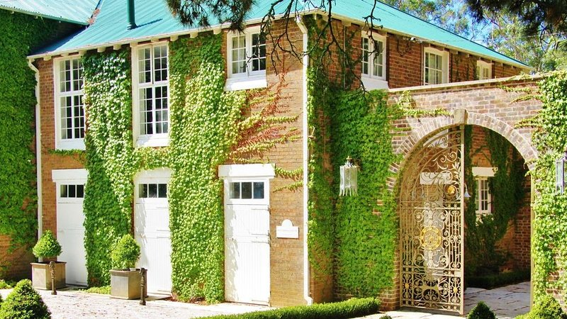 The Carriage House - wonderful for large family groups, holiday rental in Bowral