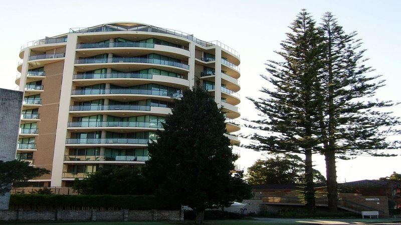 Unit 502 TWIN PINES Wallis St Forster, alquiler vacacional en Tuncurry