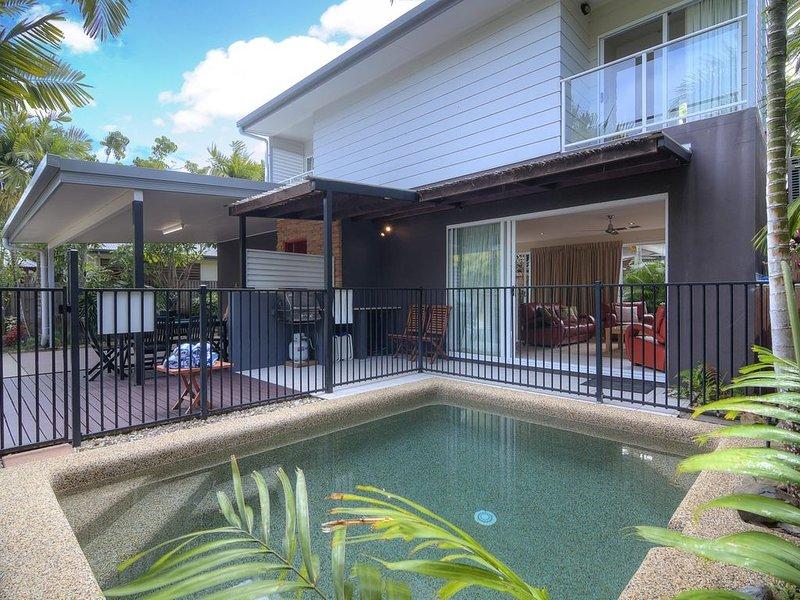 Oasis Villa 18, Port Douglas, holiday rental in Julatten