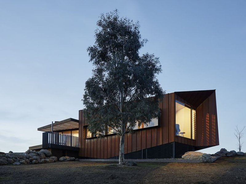 Breakneck Gorge Oikos - Multi - Award Winning!, holiday rental in Castlemaine