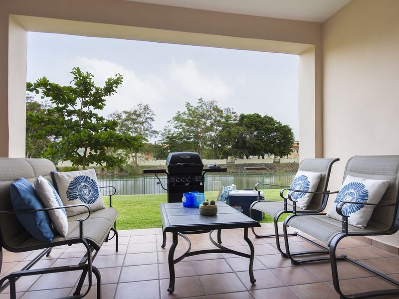 Villa Tranquila | Resort Living | Lakefront | Terrace, vacation rental in Yabucoa