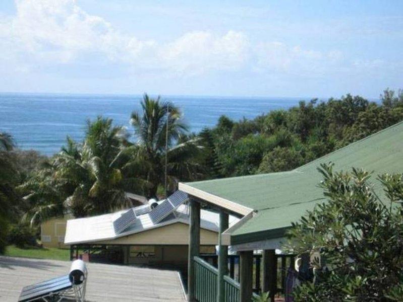 ⭐ �⭐ Sandjunes Ocean View Sea Breeze 250m walk to beach, vacation rental in River Heads