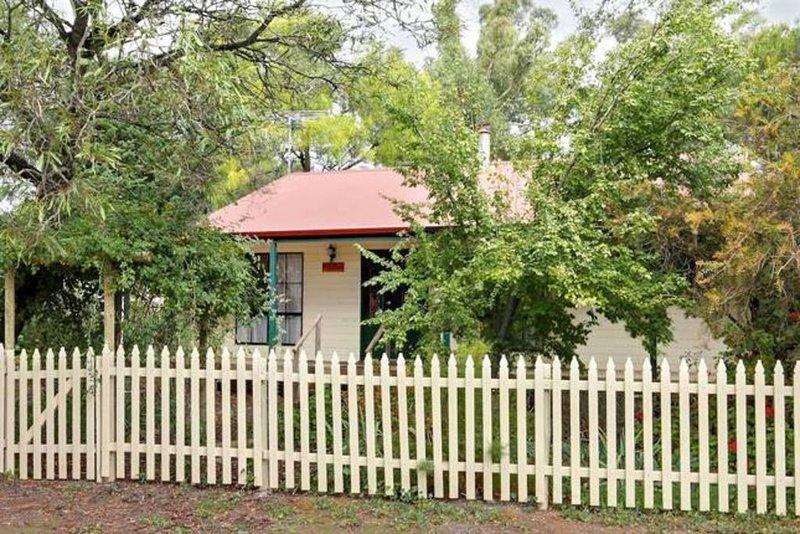 The Auburn Hideaway., location de vacances à Clare