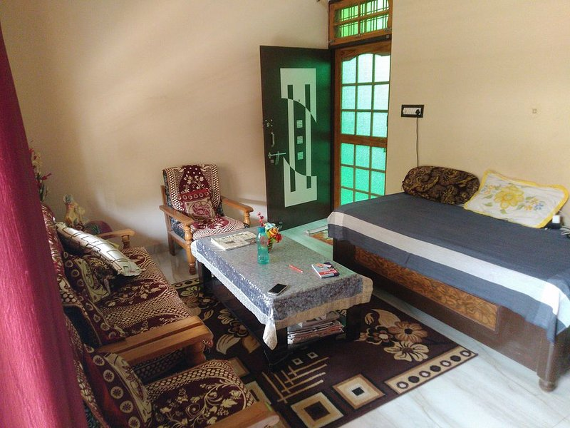 Sadhna Ashram: experience Lucknow the best way possible., vacation rental in Lucknow District