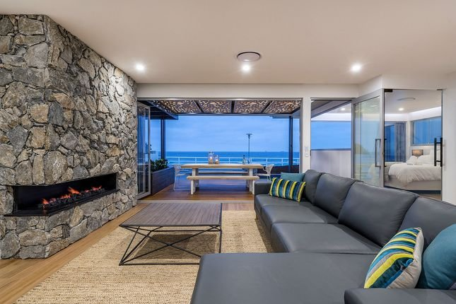 The Beach House at Merewether, location de vacances à New Lambton