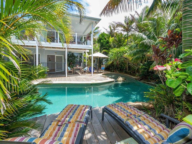 Tropical Beach Hide Away, holiday rental in Port Stephens