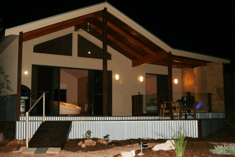 Pike River Luxury Villas - Pike River Stone, vacation rental in Renmark