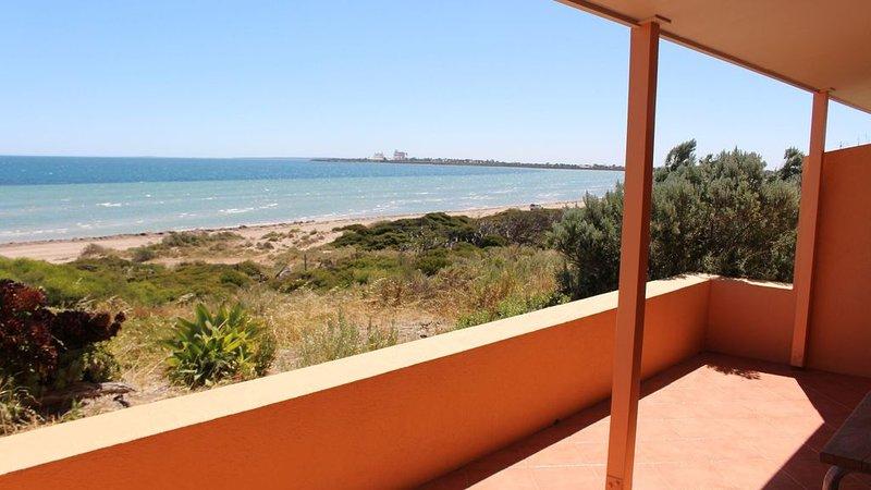 Ceduna Shelly Beach Beachfront Villas, alquiler de vacaciones en Ceduna