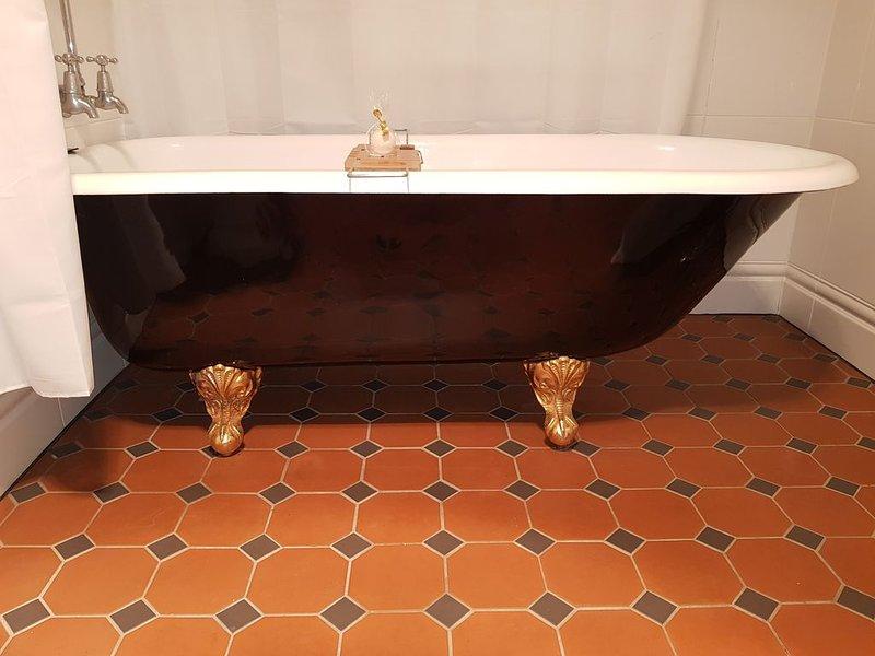 Original Claw Foot Bath