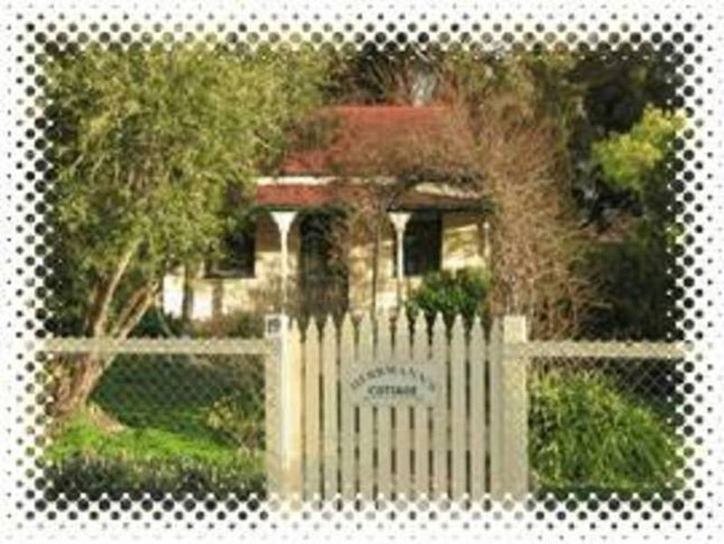 Herrmann's Cottage - Maldon -1860s miner's cottage., vacation rental in Kangaroo Flat