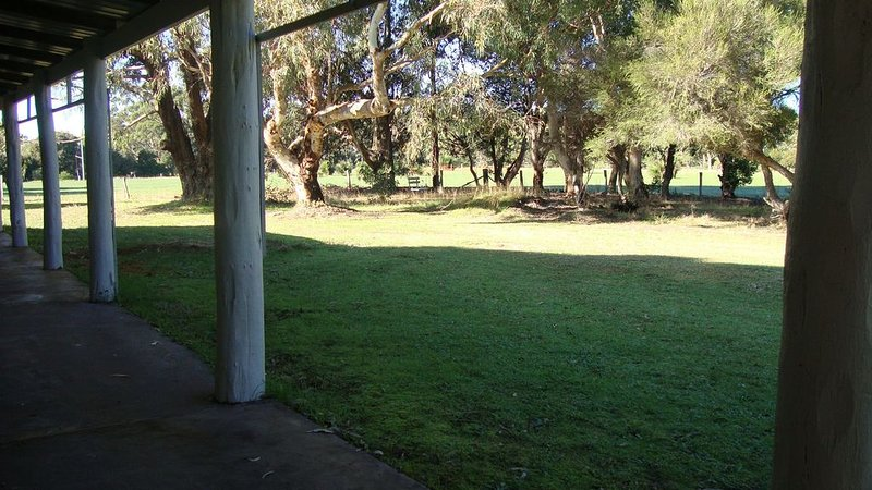 Ridge View Holiday Home - tranquil getaway, holiday rental in Karridale