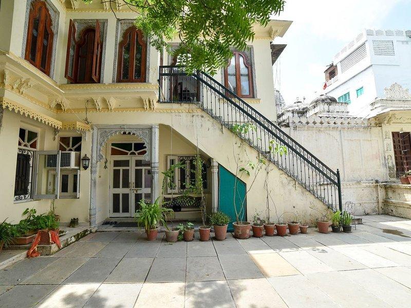 Venus Heritage Homestay, holiday rental in Bhujra