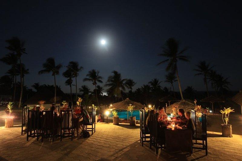"BLUE MOON"" Beach – Holiday Resort, vacation rental in Inhambane Province"