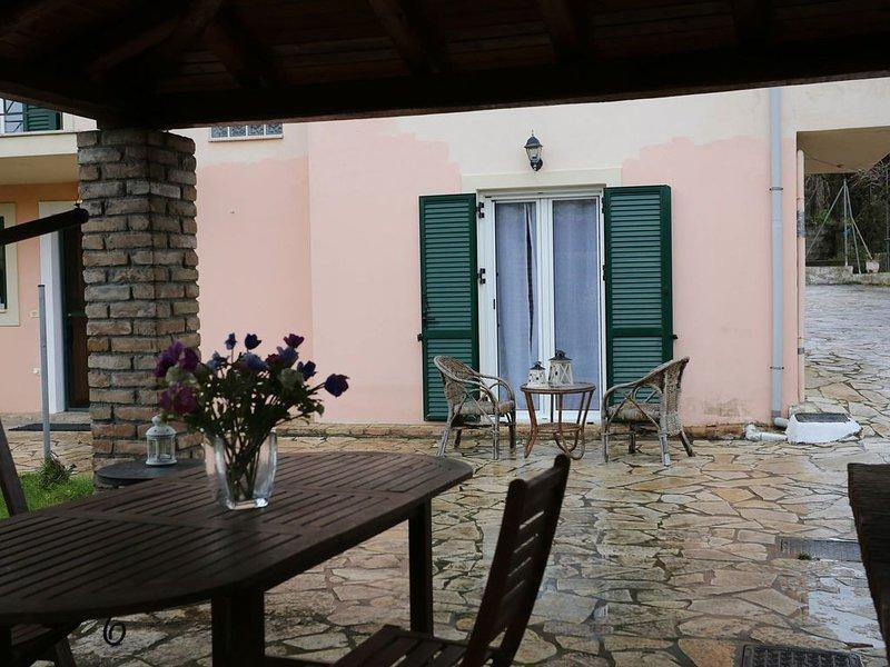 Tota's House Corfu with garden!, holiday rental in Kastania