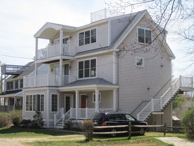 Gorgeous 5 bedroom large home!, holiday rental in Cape Neddick