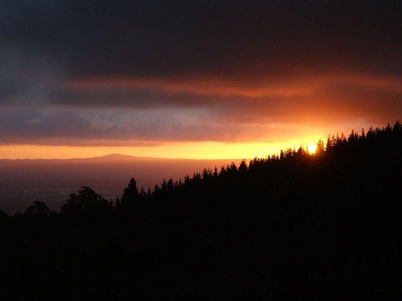 Cherokee Mountain Retreat-Eagles Nest, holiday rental in Macedon Ranges