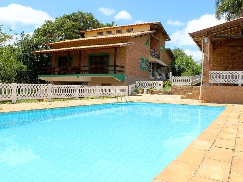 *CORTESIA: Alugue Finais de semana e entre SEXTA-FEIRA à partir das 18:00h, location de vacances à Jarinu