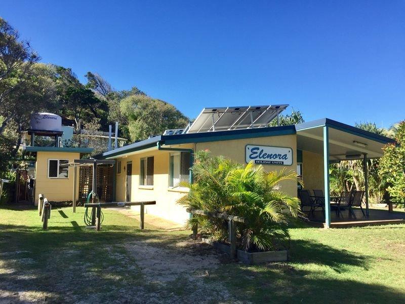 2 bedroom unit that sleeps 5 people, vacation rental in River Heads