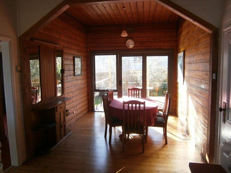 Hurdit - cottage near beach and CBD, casa vacanza a Portland