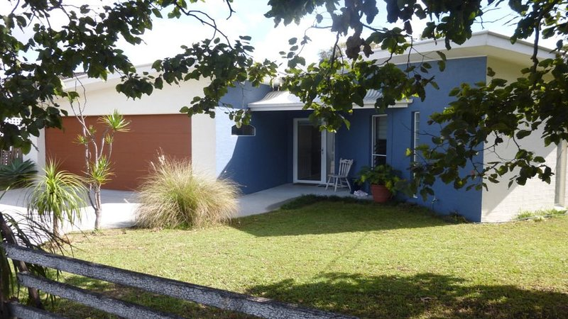Badgers Beach House Feel the Ocean Breeze, casa vacanza a Taree