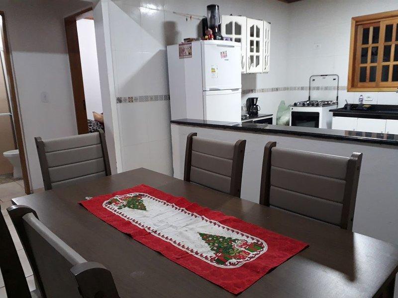 Mini Chácara Campo Verde Ibiúna SP Um lugar aconchegante e simples para descanso, holiday rental in Ibiuna