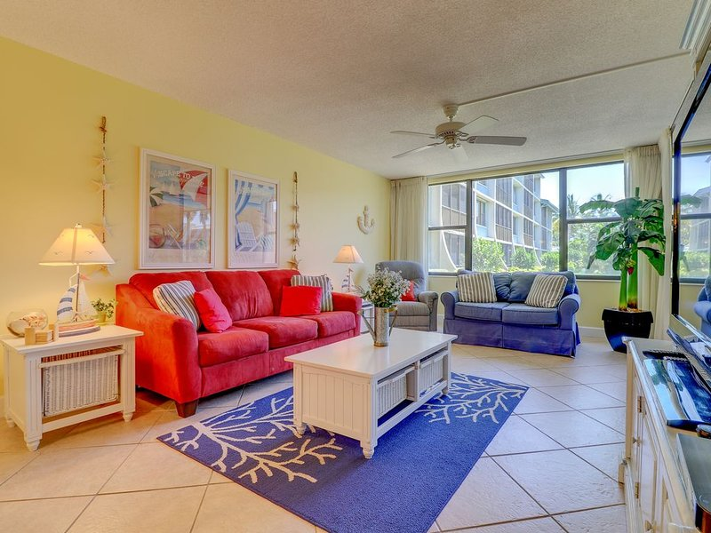 Loggerhead Cay #331: $400 DISCOUNT applied for OPEN JANUARY 2-9, 2021 week!!, vacation rental in Sanibel