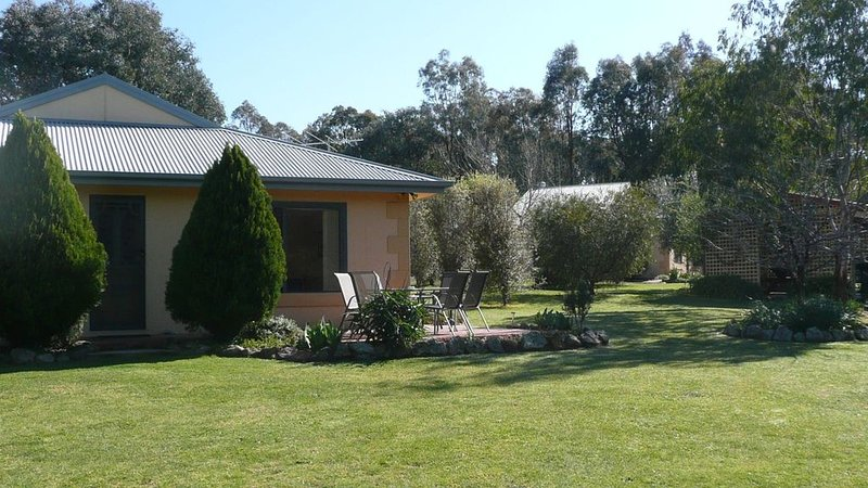Serena Cottages 361 reids way, holiday rental in Stanley