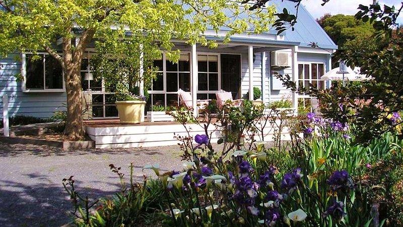 Cumquat Cottage in Healesville - Entire House, location de vacances à Coldstream