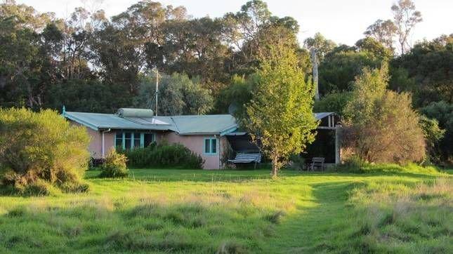 Birchfield Farmstay Chalet, holiday rental in Karridale