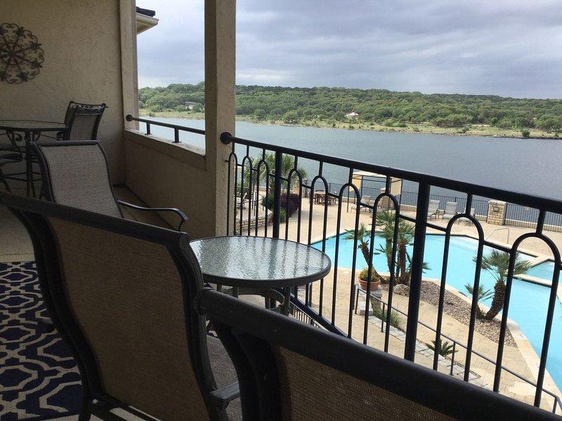 UNIT 1225 1 Bed 1 Bath on Lake Travis with Lake View, casa vacanza a Lago Vista