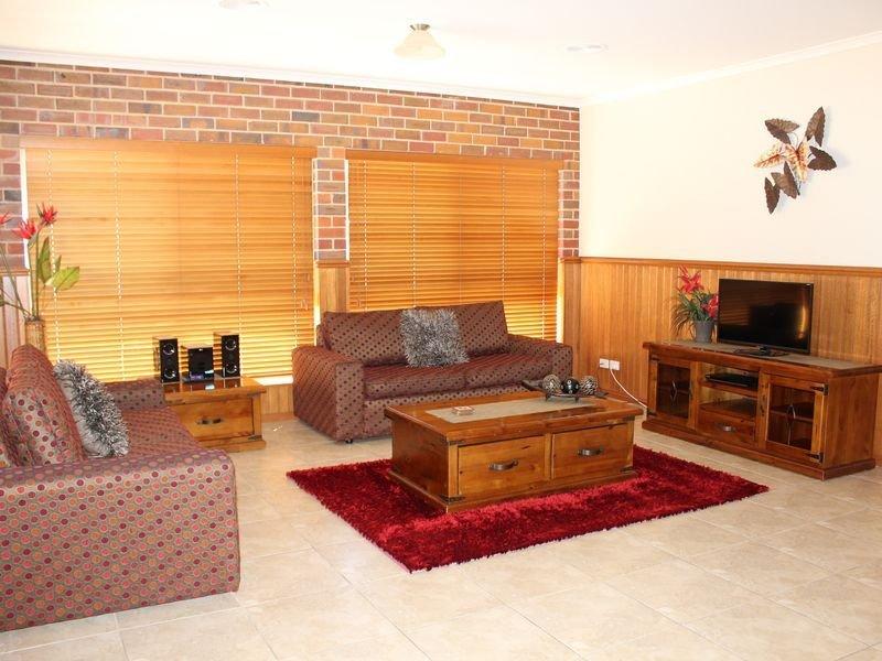 Jana Manor 2 Townhouse Swan Hill, alquiler de vacaciones en Lake Boga