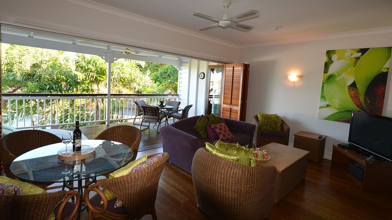 Courthouse Apartments, vacation rental in Whyanbeel
