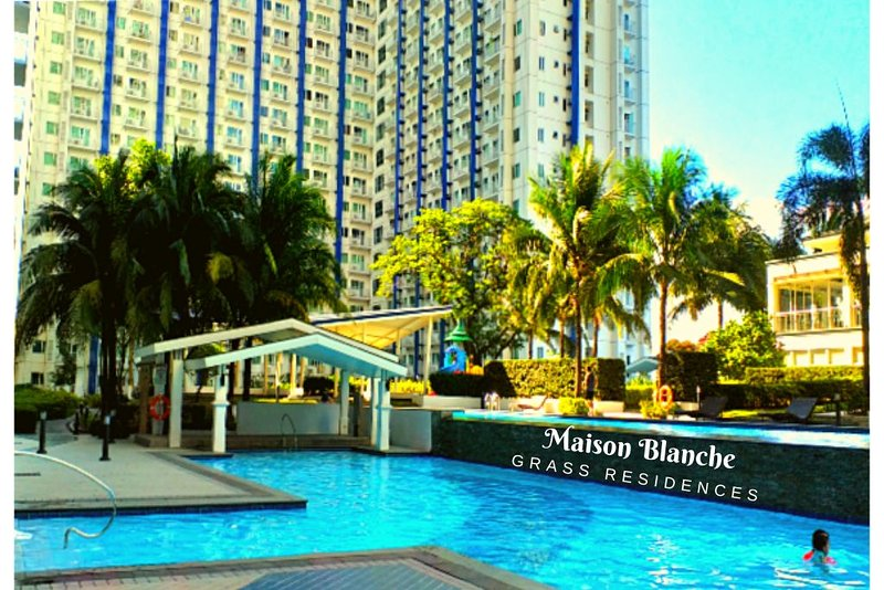 Maison Blanche Resort Condotel - 5 Pools / Malls / Wifi, alquiler vacacional en Marilao