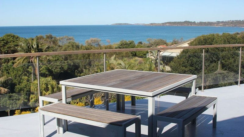 Warrawee House on the Beach, holiday rental in Mullaway