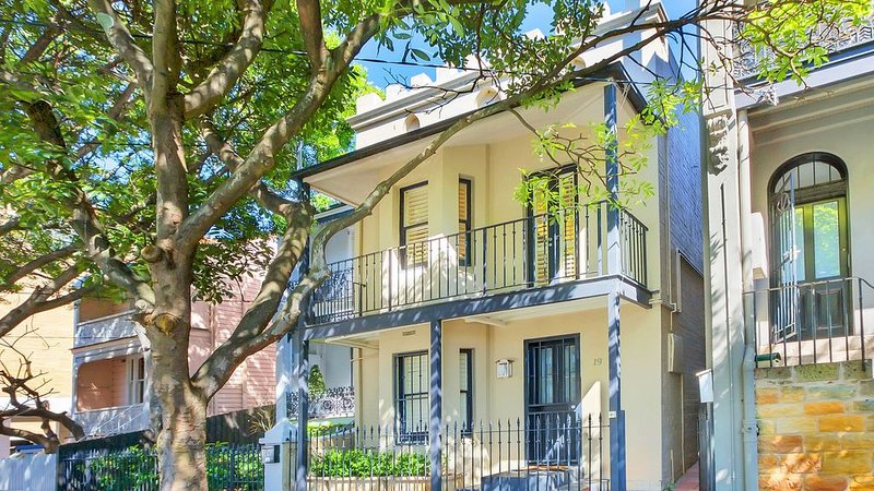 Live like a local in our Paddington Terrace, holiday rental in Sydney