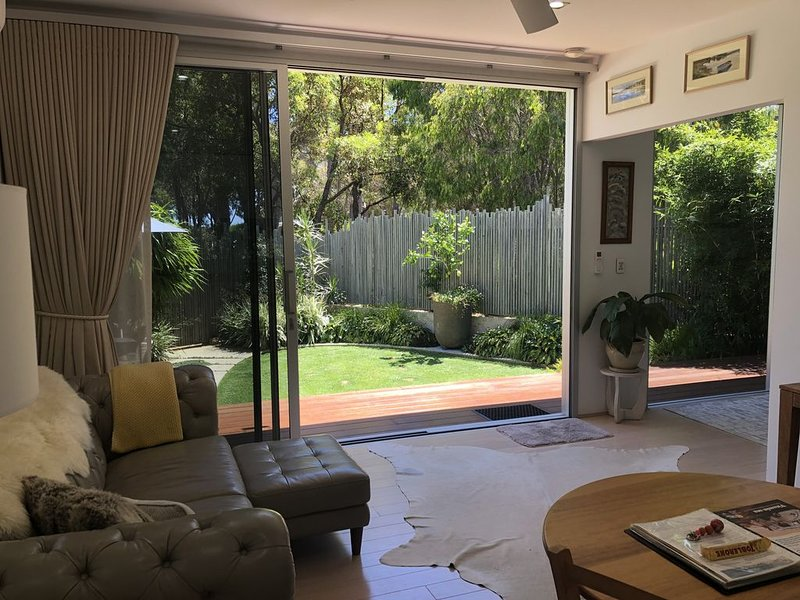 Banksia Luxury Villa, holiday rental in Prevelly