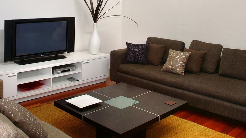 Sol Apartment - Stylish Apartment in Town, holiday rental in Witchcliffe