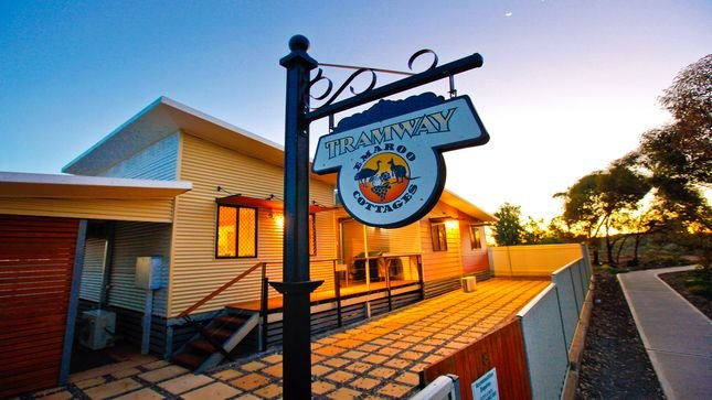Emaroo Tramway Cottage, Ferienwohnung in Broken Hill