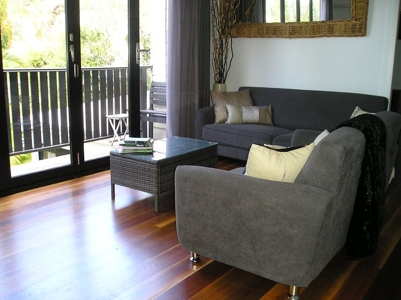 Sydney Haven - private sanctuary only 15 minutes to CBD, holiday rental in Birchgrove