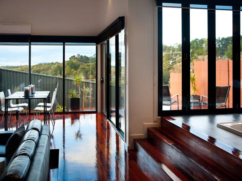 Elira 2 - Spacious One Bedroom Villa for Two, aluguéis de temporada em Eganstown