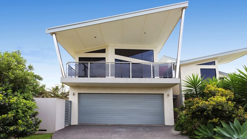 Surround Yourself with Views, holiday rental in Hallidays Point