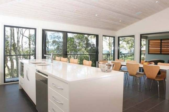 Shearwater - located at Batemans Bay.. Beachfront, holiday rental in Eurobodalla